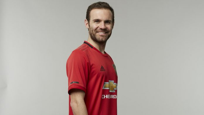 Juan Mata Ingin Tetap Bertahan di Manchester United
