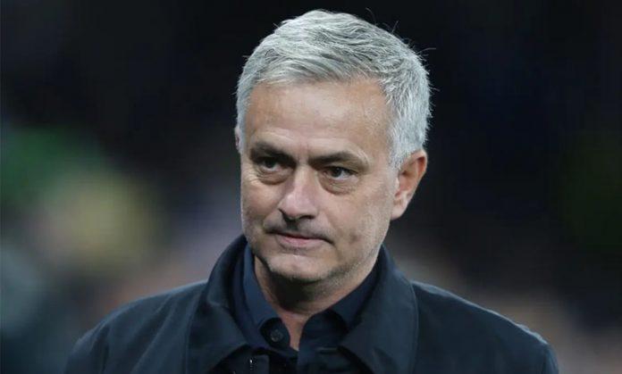 Mourinho: Tottenham Tak Butuh Striker Lain