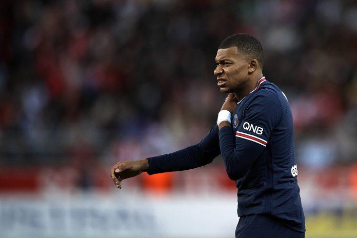 PSG Siap Ajukan Tawaran Kontrak Baru Pada Mbappe
